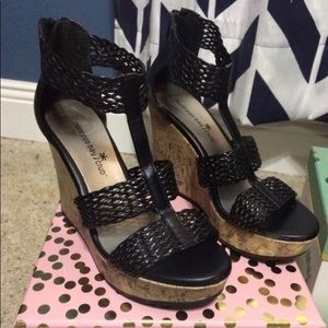 Woman's Black Wedge 4 inch heels - size 6- new